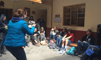 games with student in wiracocha spanish school