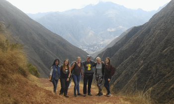 treks around to cusco and sacred valley with wiracocha spanish student