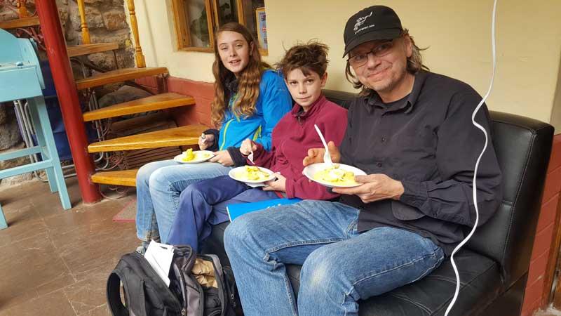 Family Studying at Wiracocha Spanish School