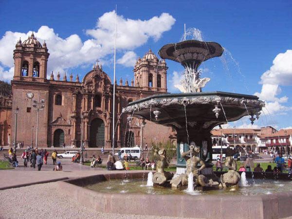 main square of cusco - spanish classes peru