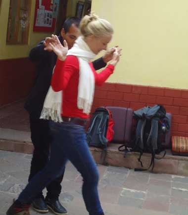 private lessons of salsa and spanish classes in cusco peru